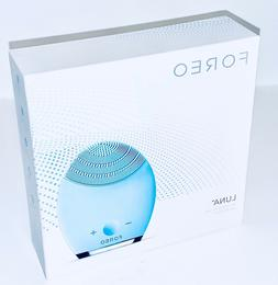 Foreo Luna Facial Cleansing Brush/Device•Sensitive/Normal